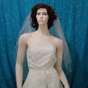 "Elbow Length 2 Tiered Bridal Veil Tulle 30""/36"" L"